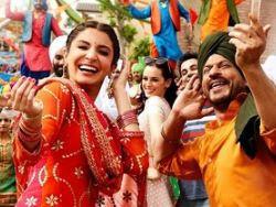Butterfly (Jab Harry Met Sejal) - Shahrukh Khan, Anushka Sharma Full Song Lyrics HD Video