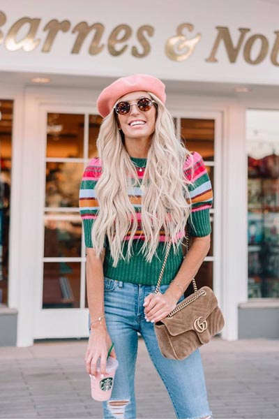 19 Preppy Fall Inspired Outfits to Try this Season | Puff Sleeve Top + Skinny Jeans + Kate Spade Hat + GG Shoulder Velvet Bag