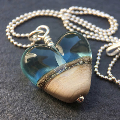 Handmade lampwork glass heart bead necklace by Laura Sparling