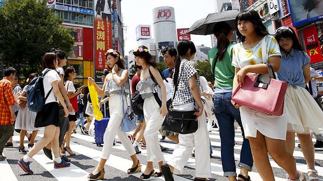 Una japonesa muere por exceso de trabajo después de hacer 159 horas extra en un mes