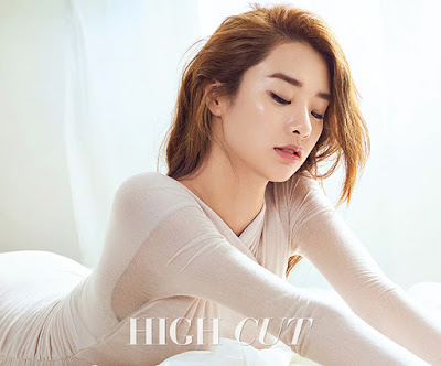 Stephanie Lee High Cut Vol. 168