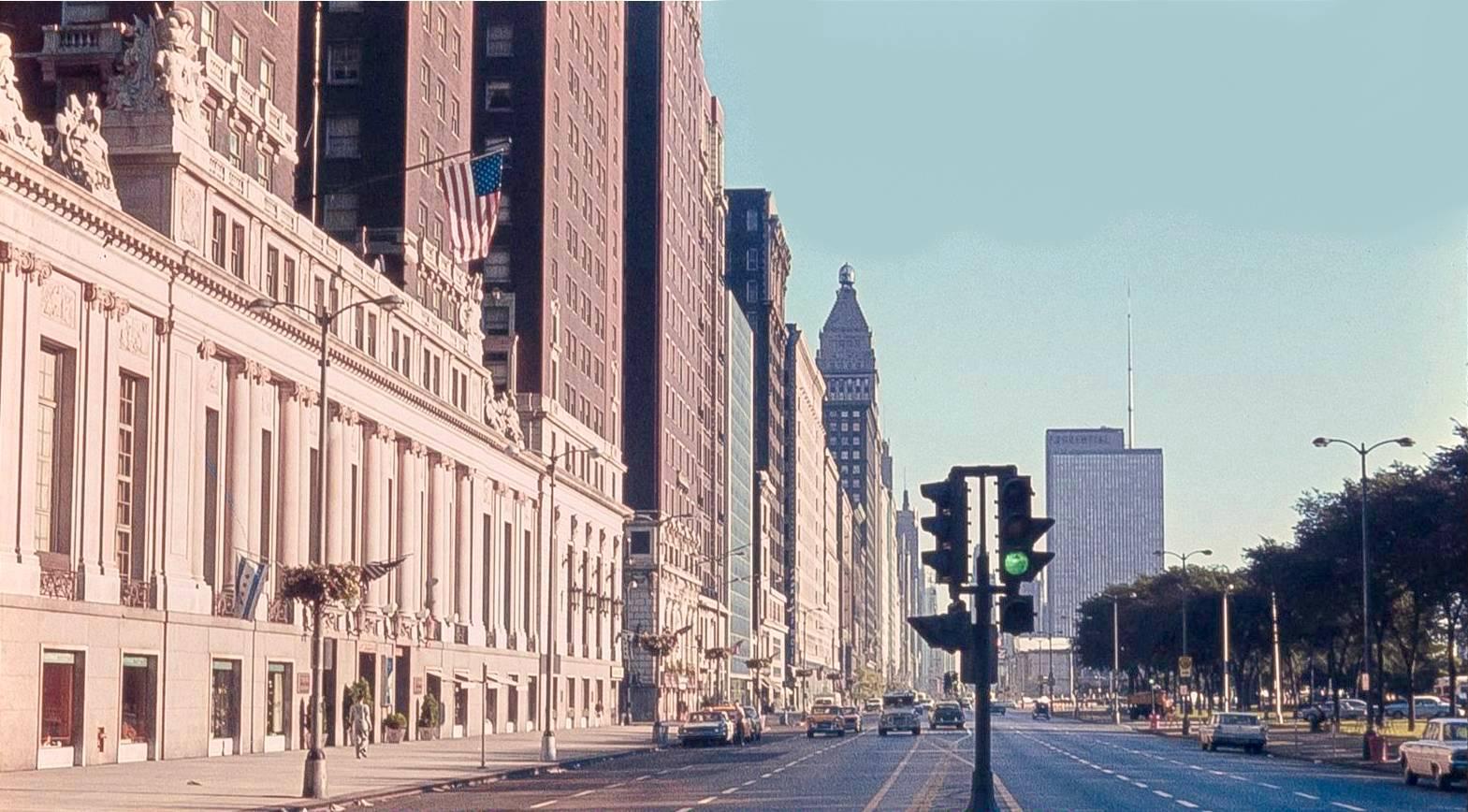 CHUCKMAN\'S COLLECTION (CHICAGO POSTCARDS) VOLUME 06