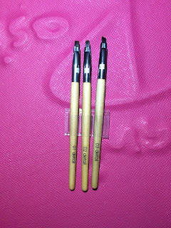 QVS 3 LIP AND EYE ARTIST BRUSHES REVIEW
