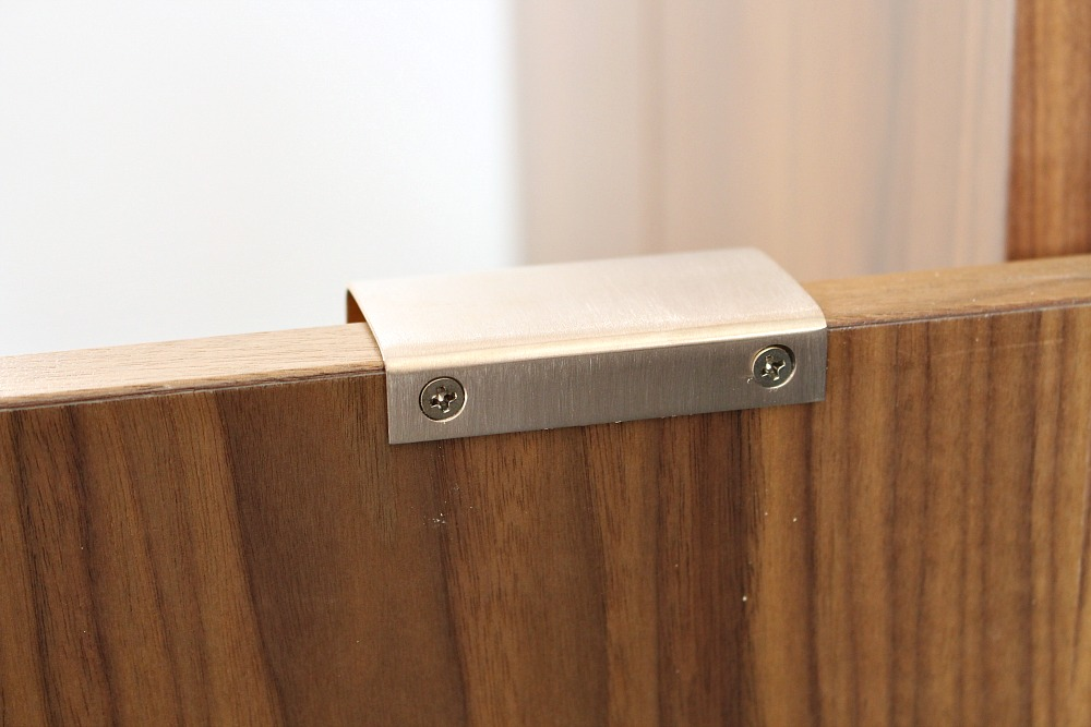 Cabinet hardware that screws to back of door
