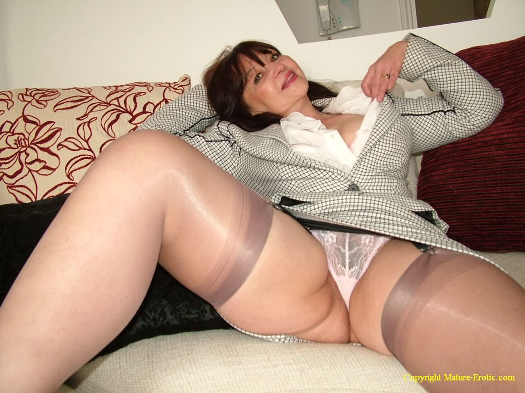 Granny panties mature tube
