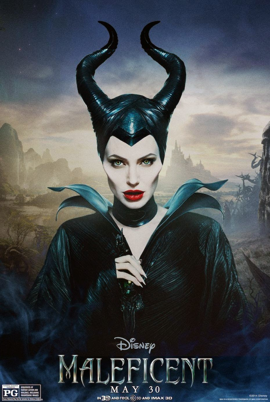 Tinta Nocturna Using The Tarot Cards Usar Las Cartas: Pensando: Una Mentira Maléfica / A Maleficent Lie.