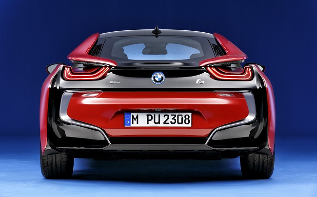 i8 Protonic Red Edition