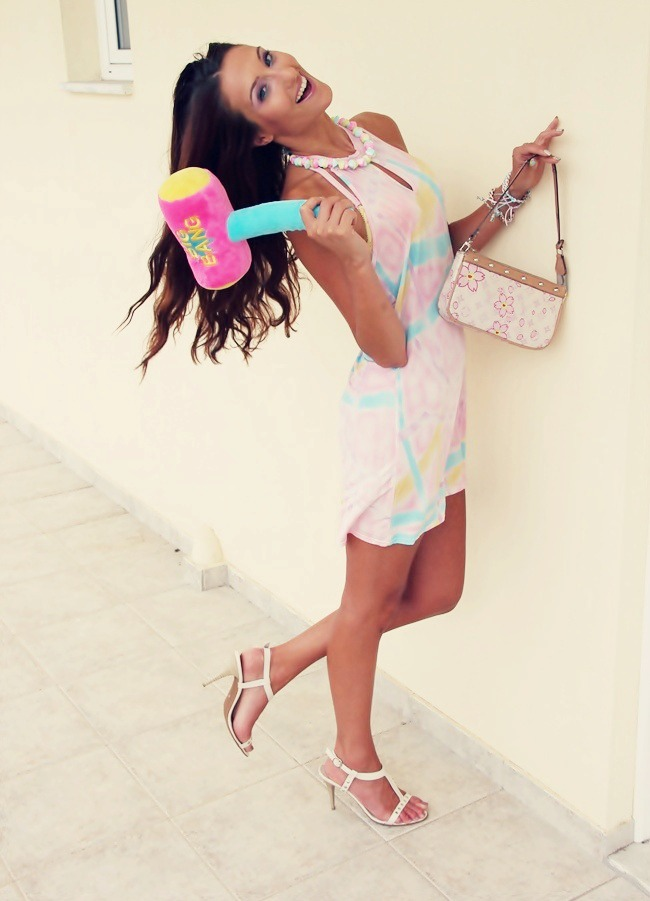 summer pastel trend candy colors outfit