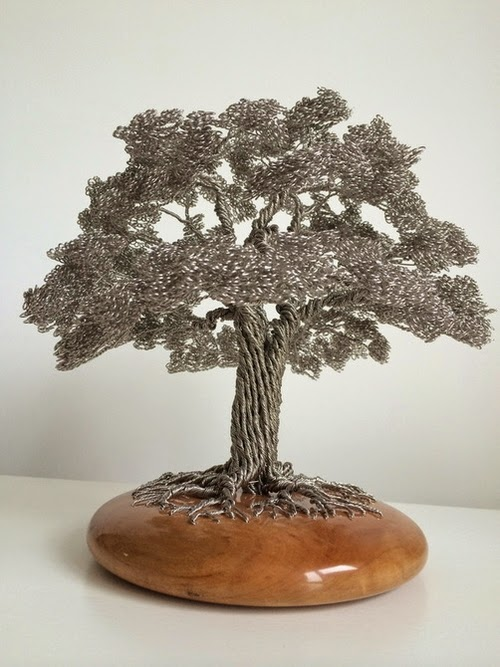 03-Clive-Maddison-Small-Wire-Tree-Sculptures-www-designstack-co