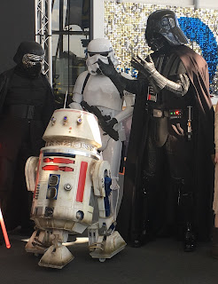 Darth Vader, R5-D4, Techniquest