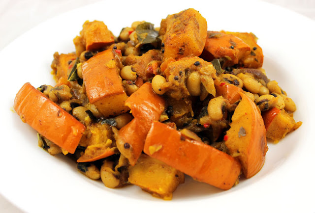 Black-Eyed Pea Pumpkin Curry