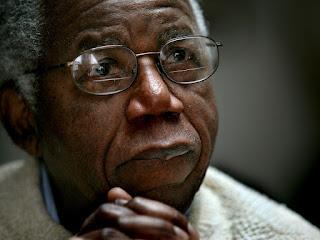 ေကာင္းကင္ကို(ဘာသာျပန္)- ခ်ီနူဝါအခ်ီဘီ (Chinua Achebe) ၏ ဒုကၡသည္ သားအမိ