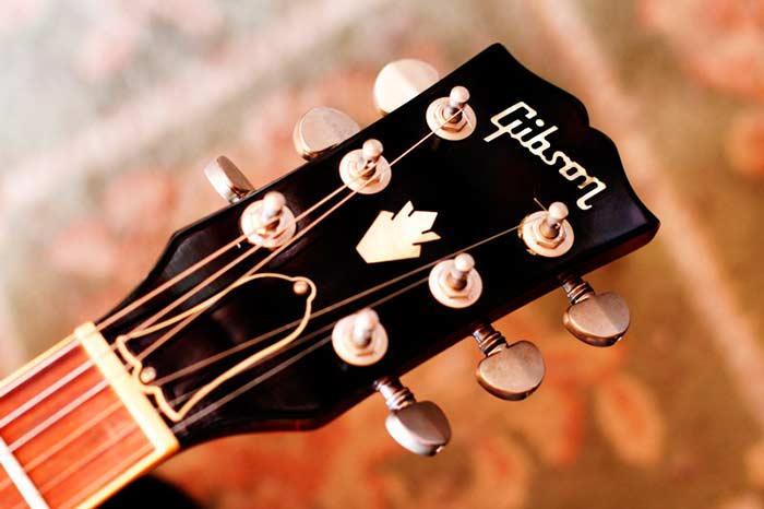 Gibson ES-335 Dot. Fotografía original del autor.