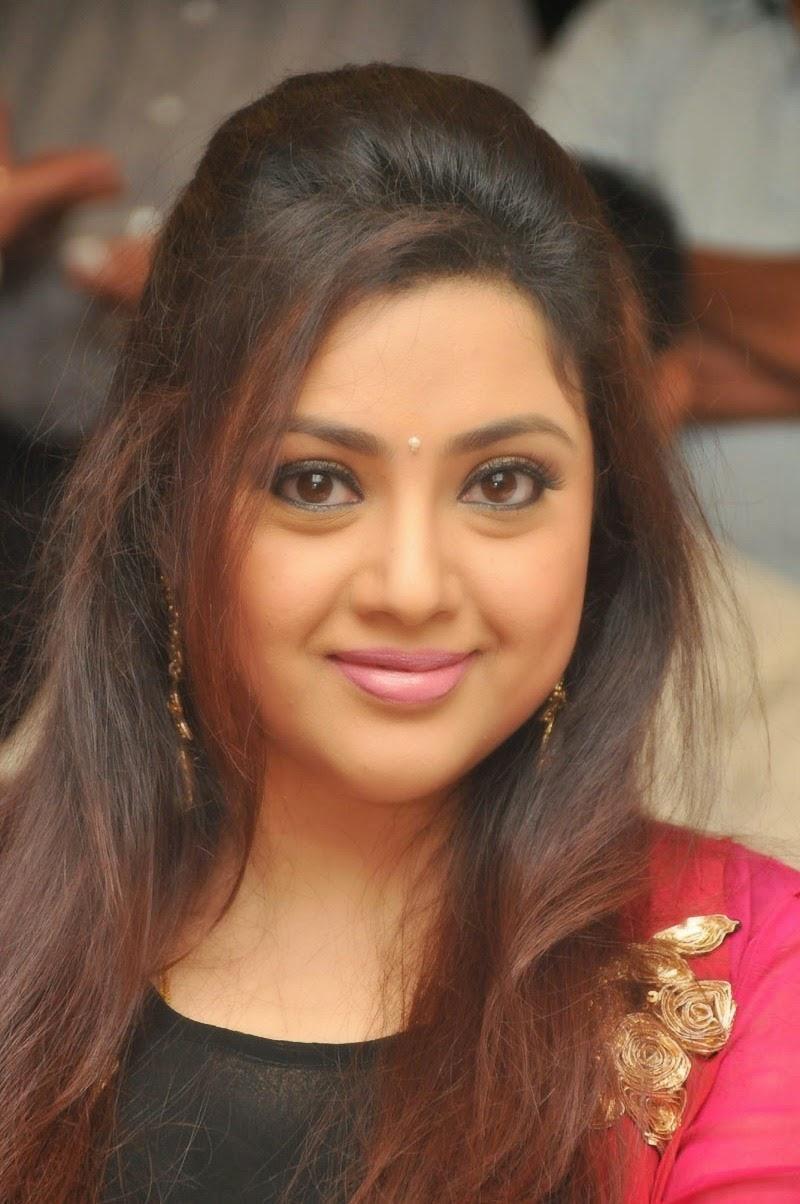 Meena Cute Wallpapers Meena Latest Photos At Drishyam Success Meet Cap