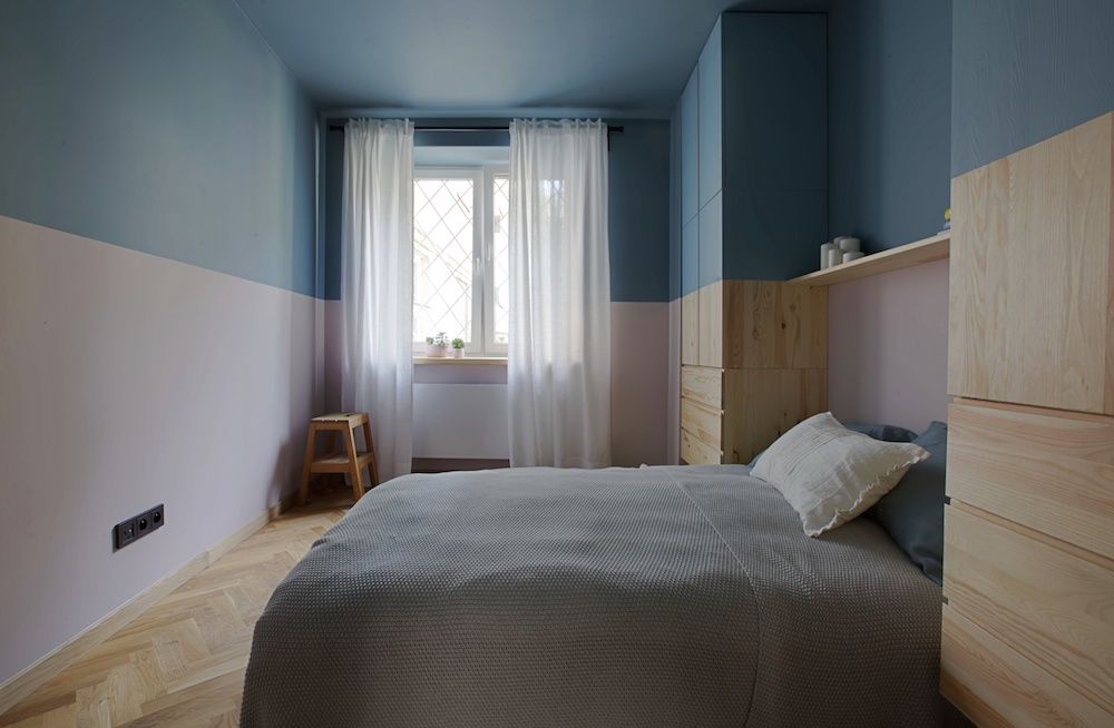 Praskie Mieszkanie Z Lamperia Na Niebiesko Wnetrza Zewnetrza
