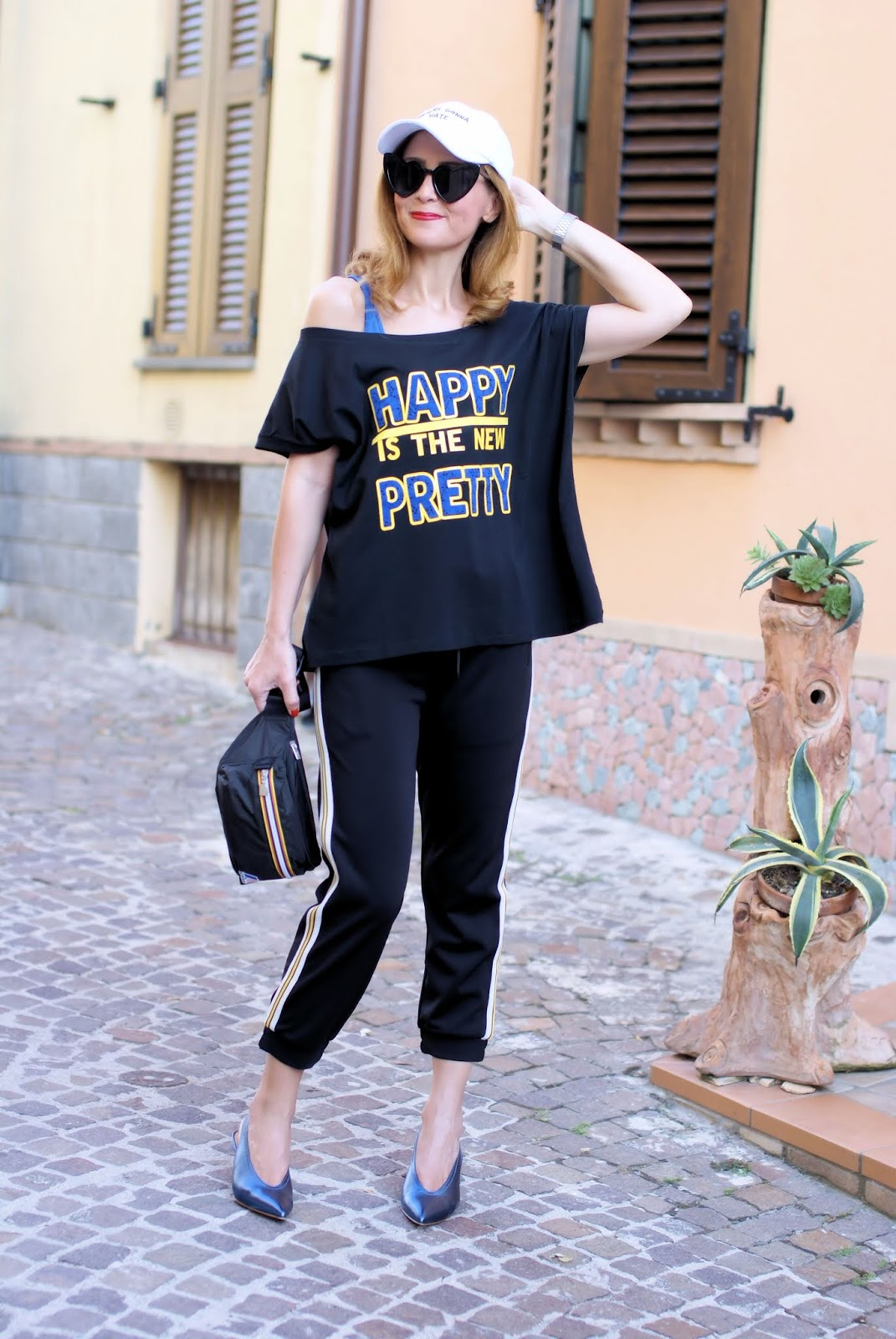 Happy is the new Pretty: my Teetopia tee on Fashion and Cookies fashion blog, fashion blogger style