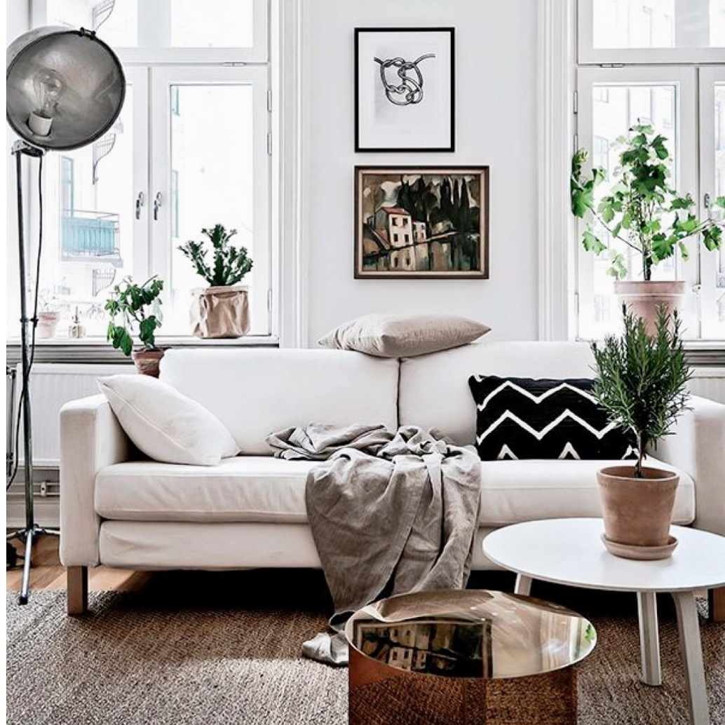 Inspiration And I Could Seriously See Myself Sitting On This Sofa With A Tea In Front Of TV Watching Good Episode Desperate Housewives Or Empire