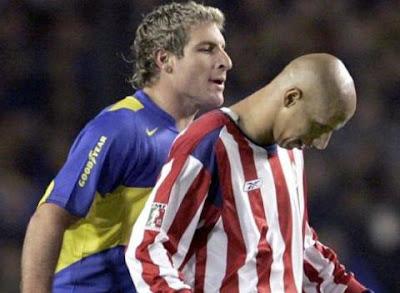 Bofo Bauista contra Martin Palermo