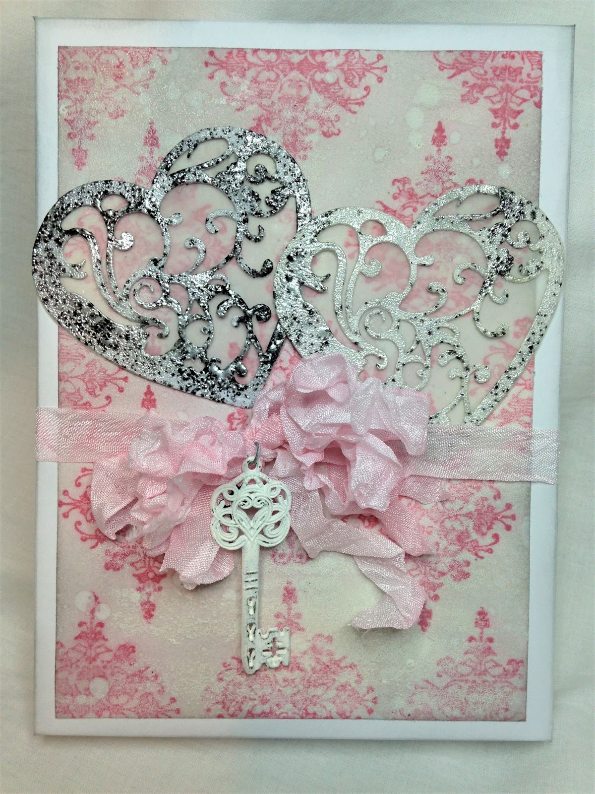 Frilly and Funkie Saturday Step by StepFlocked Wallpaper Wedding – Card Gift Box Wedding