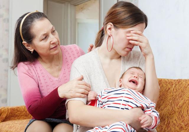 sogra-filho-bebê-maternidade-familia-segurança-seguro-amor-lar-cabelo