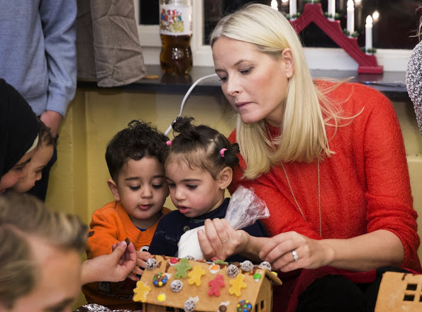 Princess Mette Marit And Prince Haakon Visited Dikemark Refugee Reception Centre