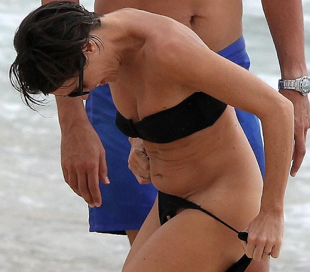 Bikini bottom pubic hair slips