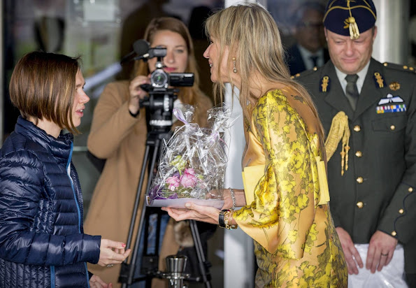 Queen Maxima opens the first anniversary congress of the Pension Federation. Queen Maxima wore Natan dress, Natan yellow Pumps, Natan Jeweles