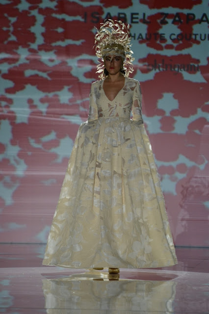 """Isabel Zapardiez en la Barcelona Bridal Fashion Week 2018"""