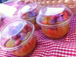 http://www.receitasdmais.com/2012/04/como-conservar-salada-de-frutas.html