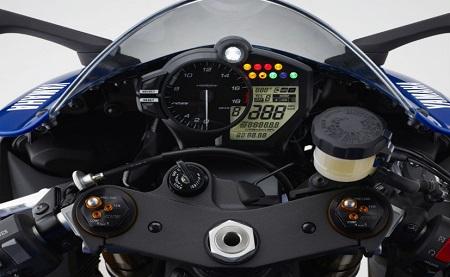 Modifikasi Yamaha R1M