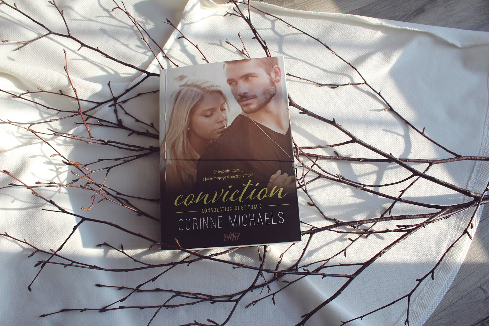 Wydawnictwo Szósty Zmysł, erotyka, romans, recenzja książki