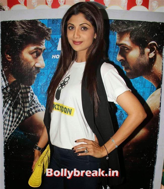 Shilpa Shetty, Shilpa Shetty, Bipasha Basu at Dishkiyaoon Premiere