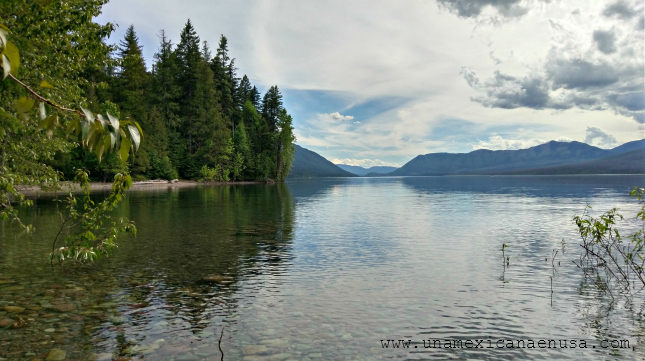Nuestra primera experiencia acampando en el Glacier Park www.unamexicanaenusa.com