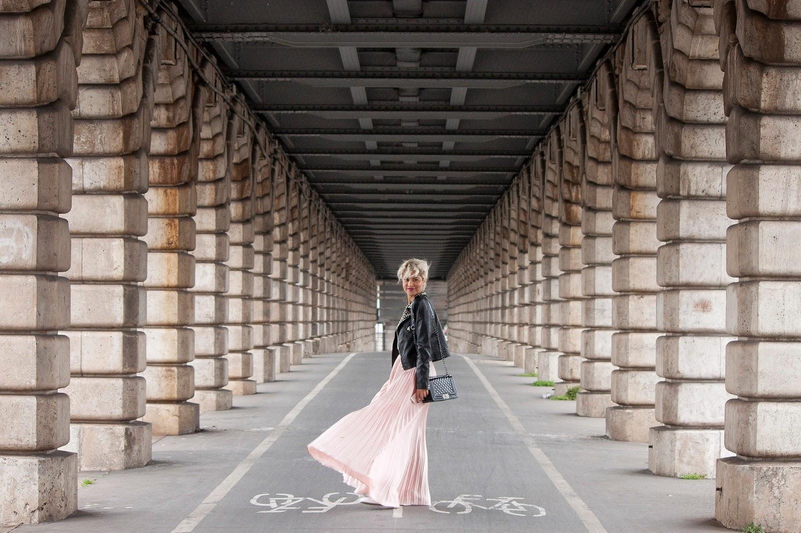 sous un pont de Paris