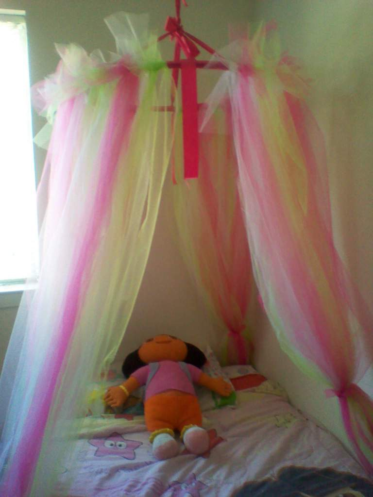 Tiny Home Designs: Princess Dazzle: How To Make A Tulle Bed Canopy