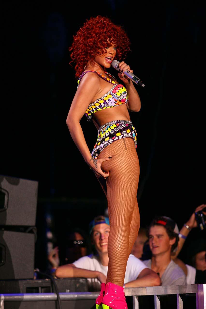 madonna naked on stage