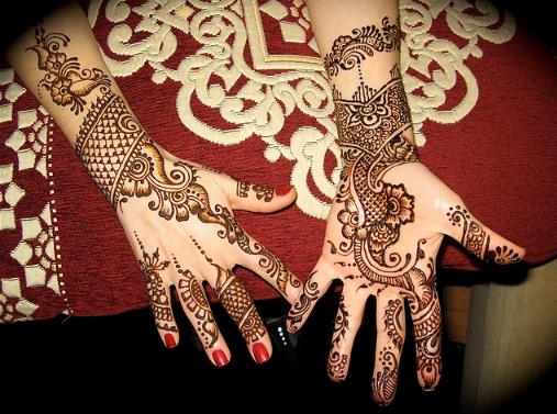 Mehndi Designs  ...Latest Arabic Mehndi Designs 2011 For Hands