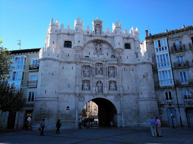 Arco / Puerta de Santa María, Burgos