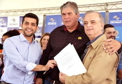 Cajati recebe R$ 600 mil do Governo do Estado para obras de pavimentação