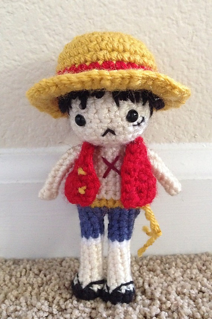 Little Red Pandora - Amigurumi Red Panda Girl Anime Doll | 640x426