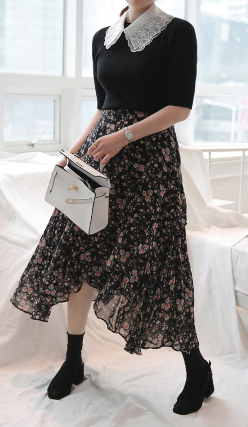 Semi-Elastic Waist Floral Skirt