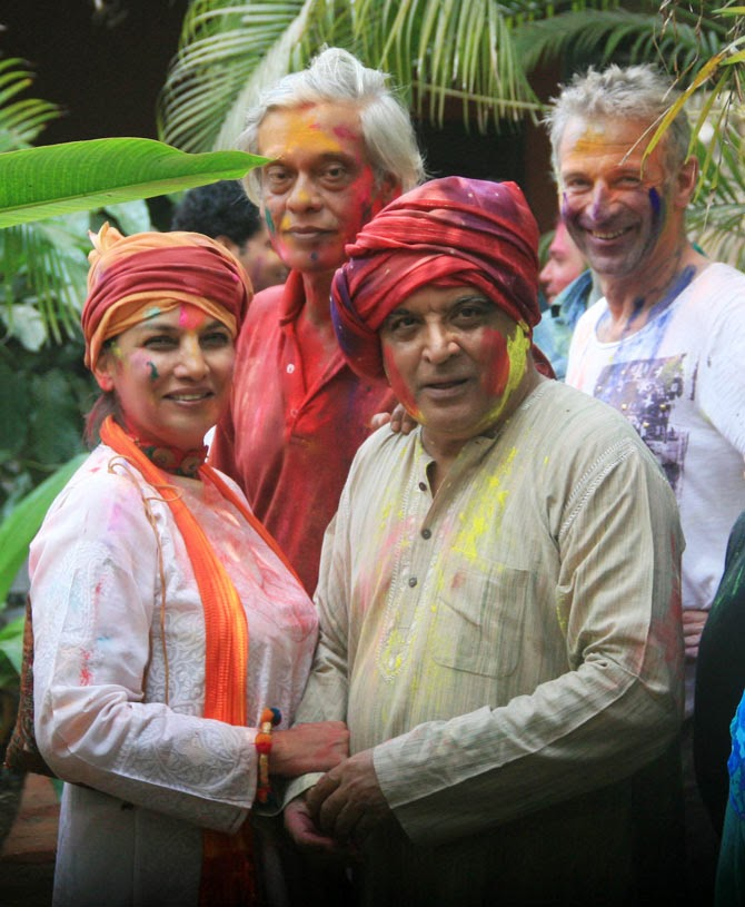 Dia Mirza, Aditi Rao & Others @ Shabana Azmi & Javed Akhtar's Holi bash