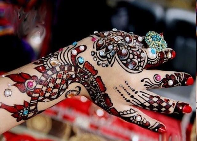 Indian Bridal Nail Designs