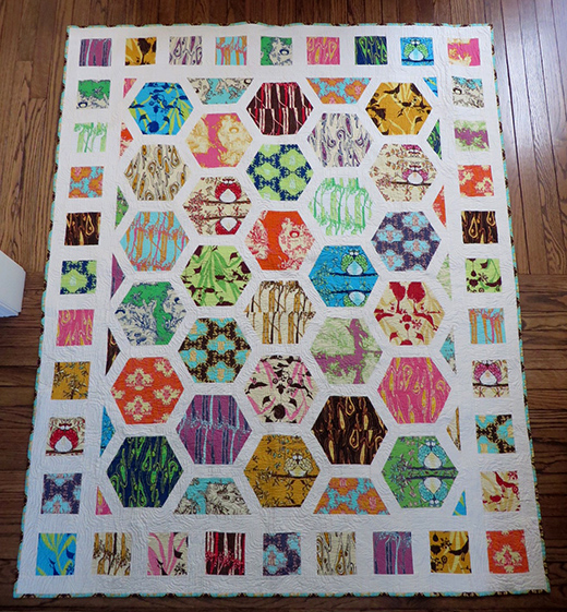 Hexagon Park Quilt by Julie Hirt of Six Two Seven Handworks, The Tutorial Designed by Lynne Goldsworthy of Lily's Quilts