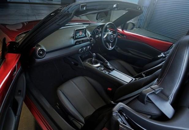 2018 Mazda MX-5 Miata Interior