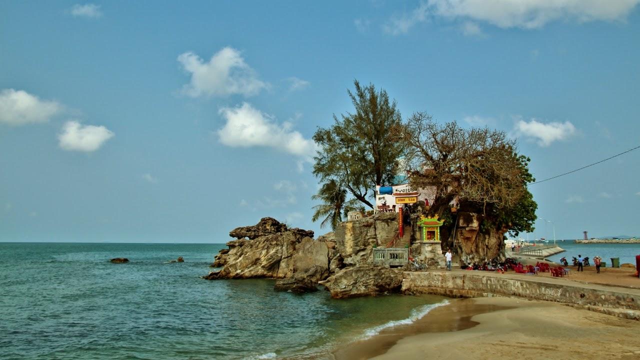Nếu nhiều tiền, bạn có thể khám phá 5 ngày 4 đêm tại đảo Phú Quốc