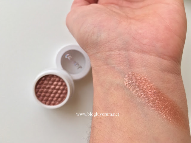 colourpop eyeshadow sequin swatch