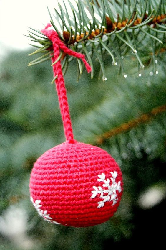 crochet ball christmas