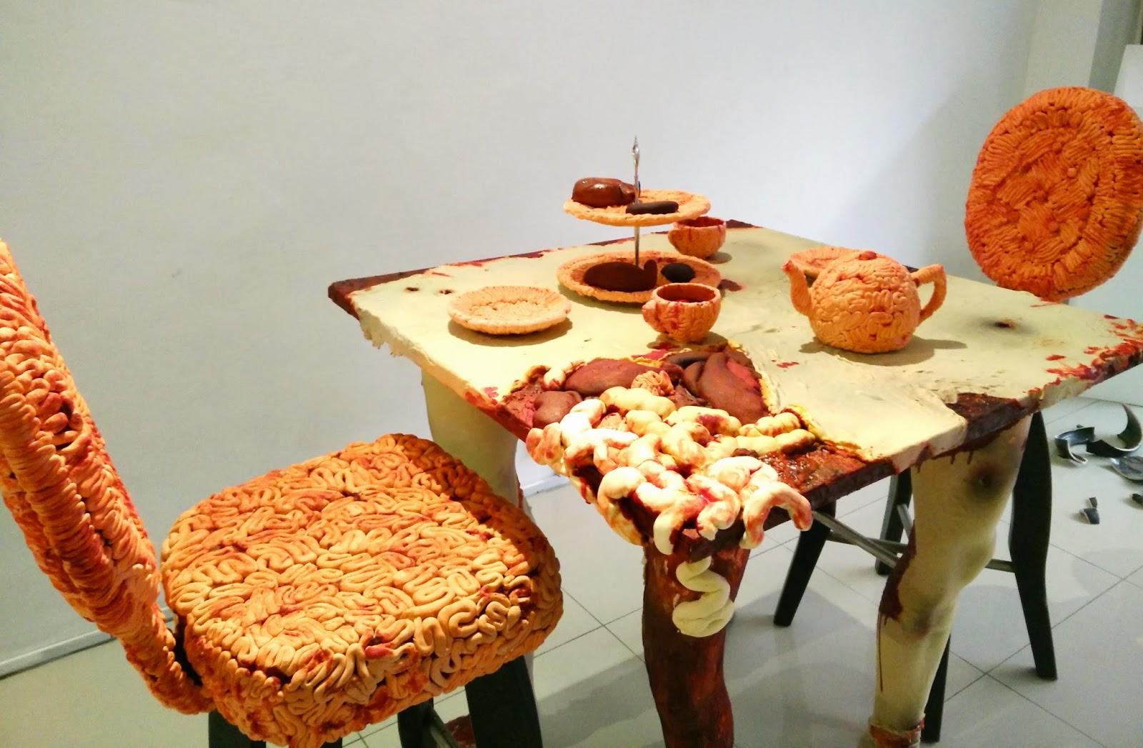 Wooden Pedestal Cake Stand