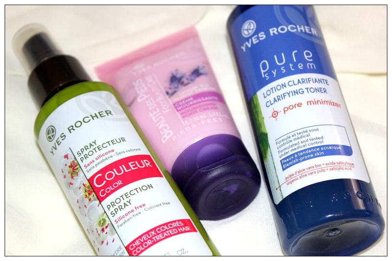 *Косметичка Сони: Защитный спрей для окрашенных волос, очищающий лосьон и питательный крем для ног от Yves Rocher.